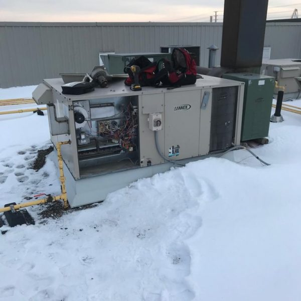 Rooftop-Furnace-Snow